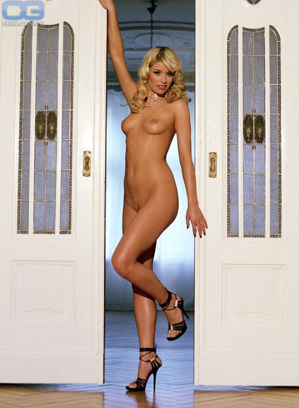 Hansen naked annica Annika Hansen