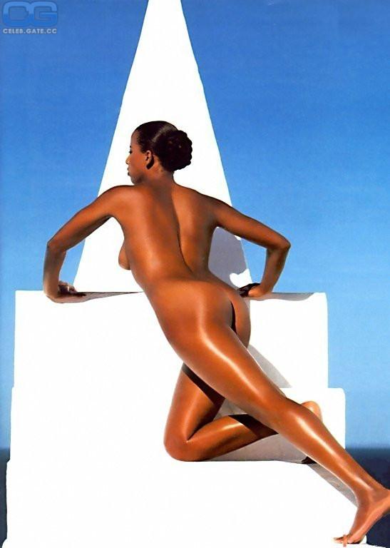 Playboy arabella kiesbauer nackt