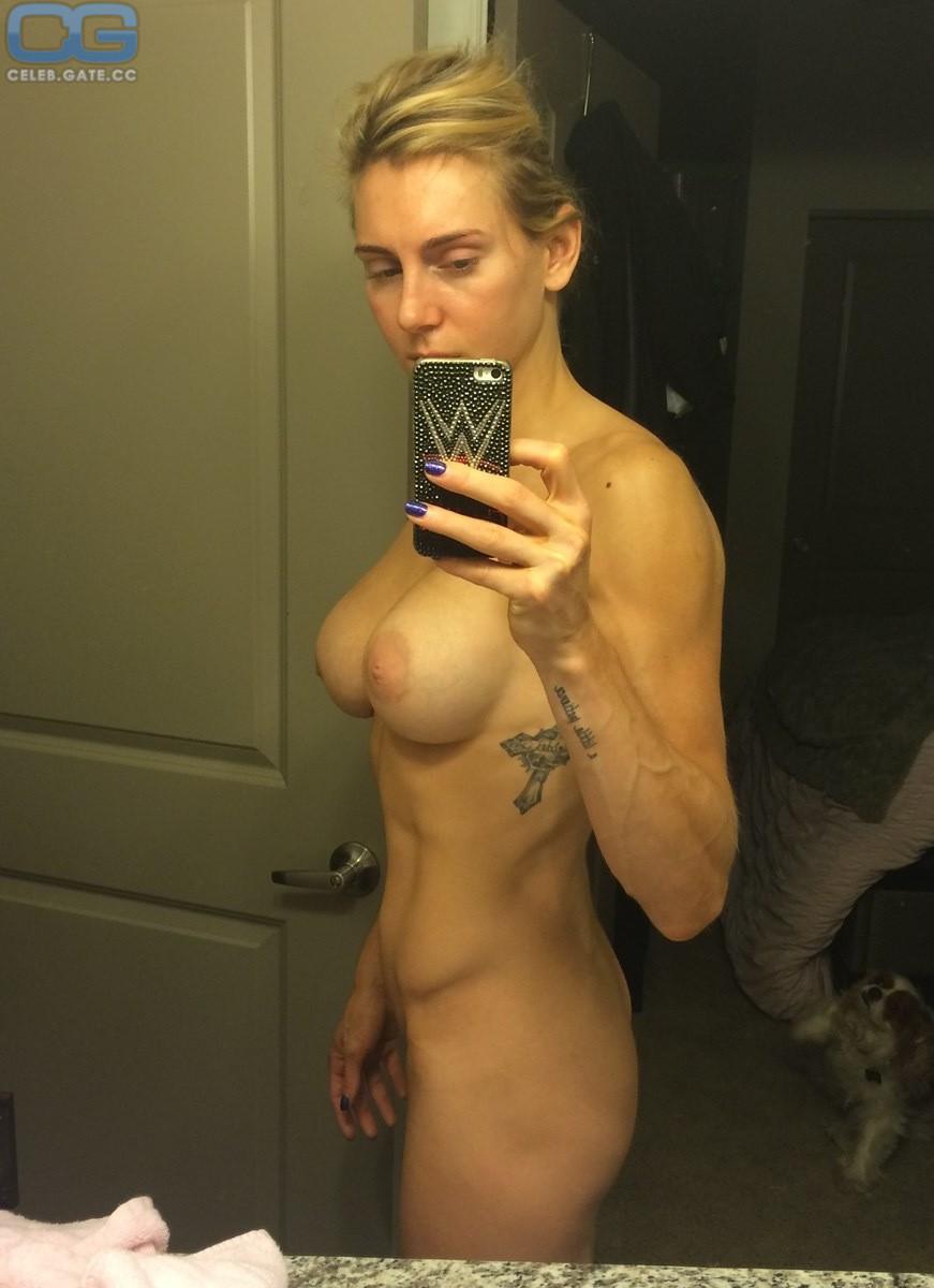 Ashley nackt Fliehr Ashley Fliehr