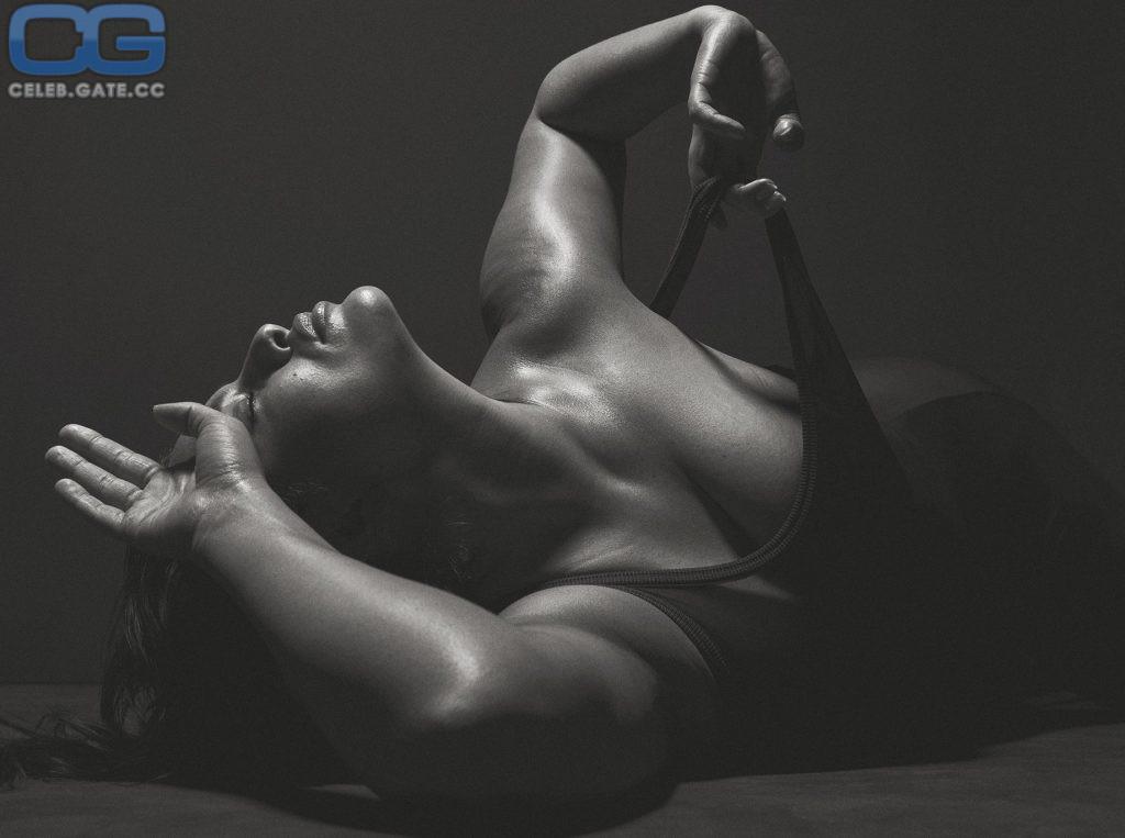 Ashley Graham Nackt