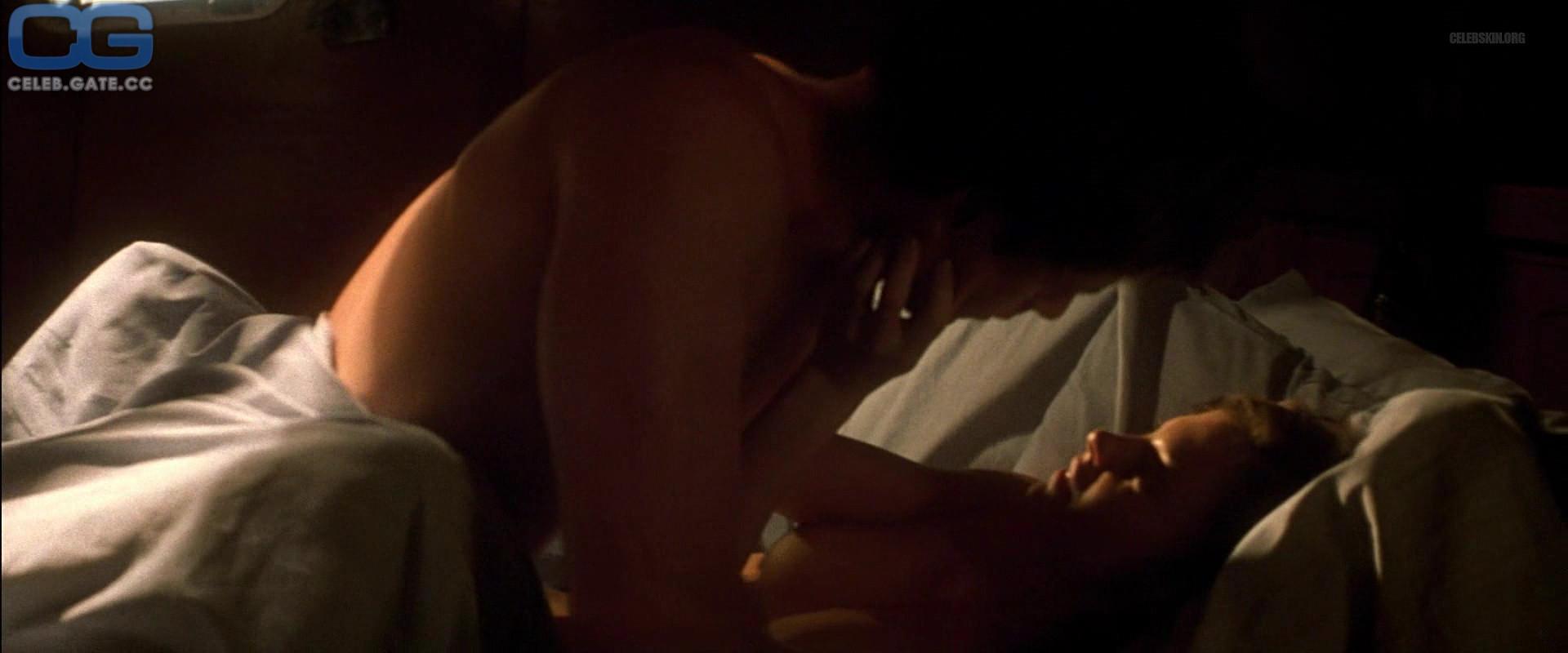 Nackt  Ashley Judd Ashley Graham