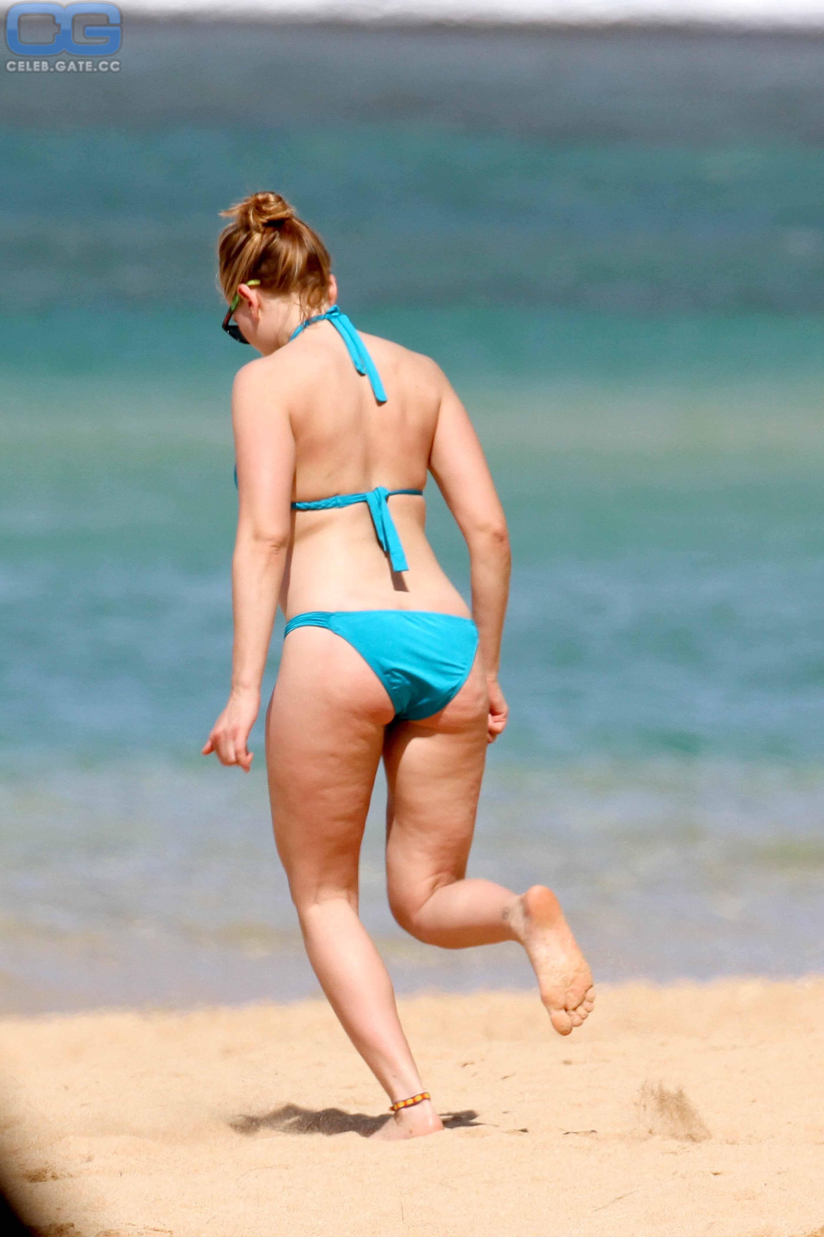 Johansson beach scarlett nude Scarlett Johansson