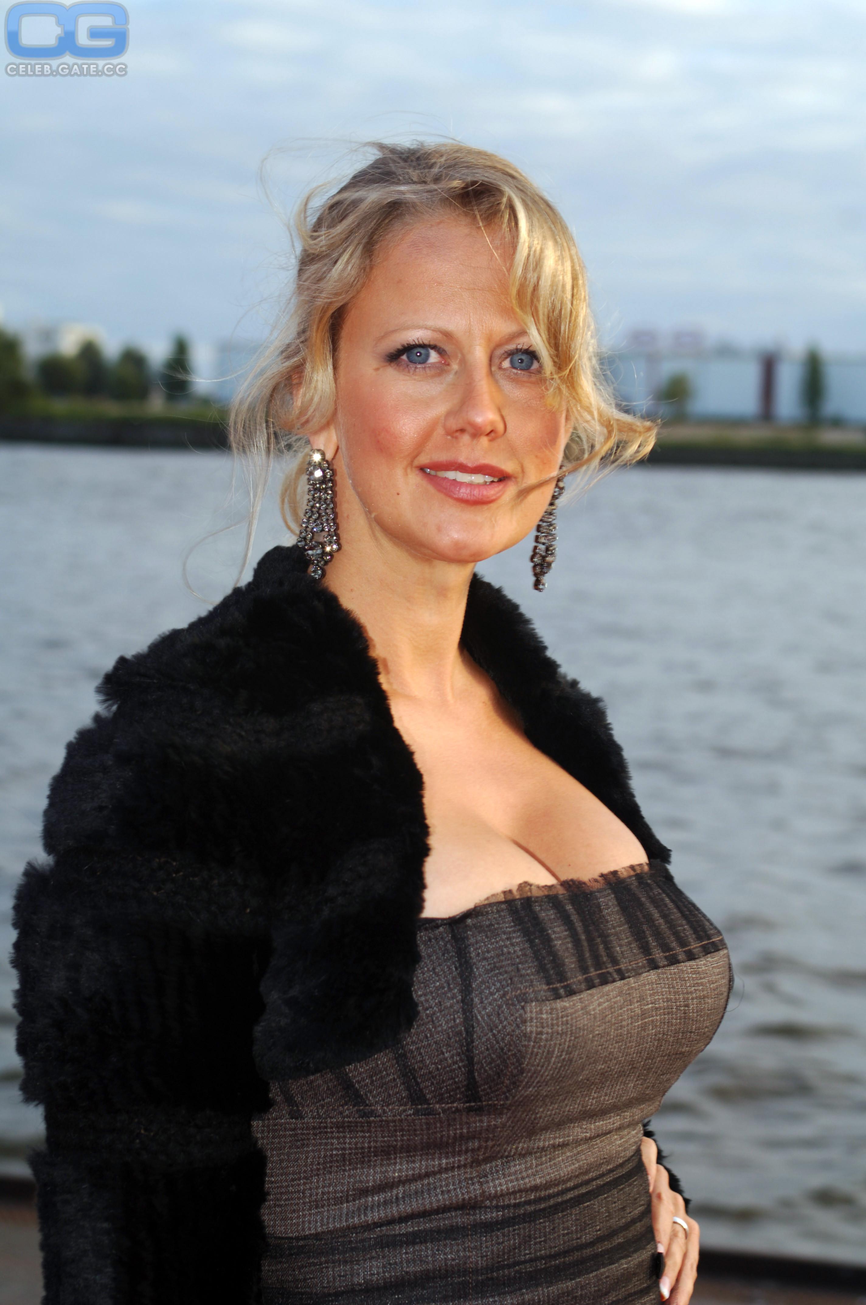 Nackt schöneberger Barbara Schoeneberger