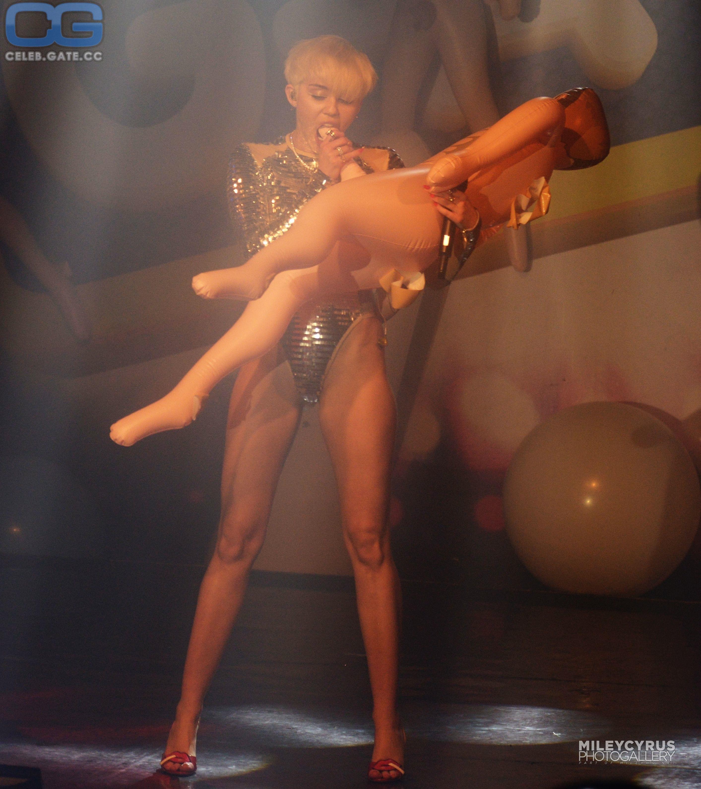 Miley Cyrus Playboy