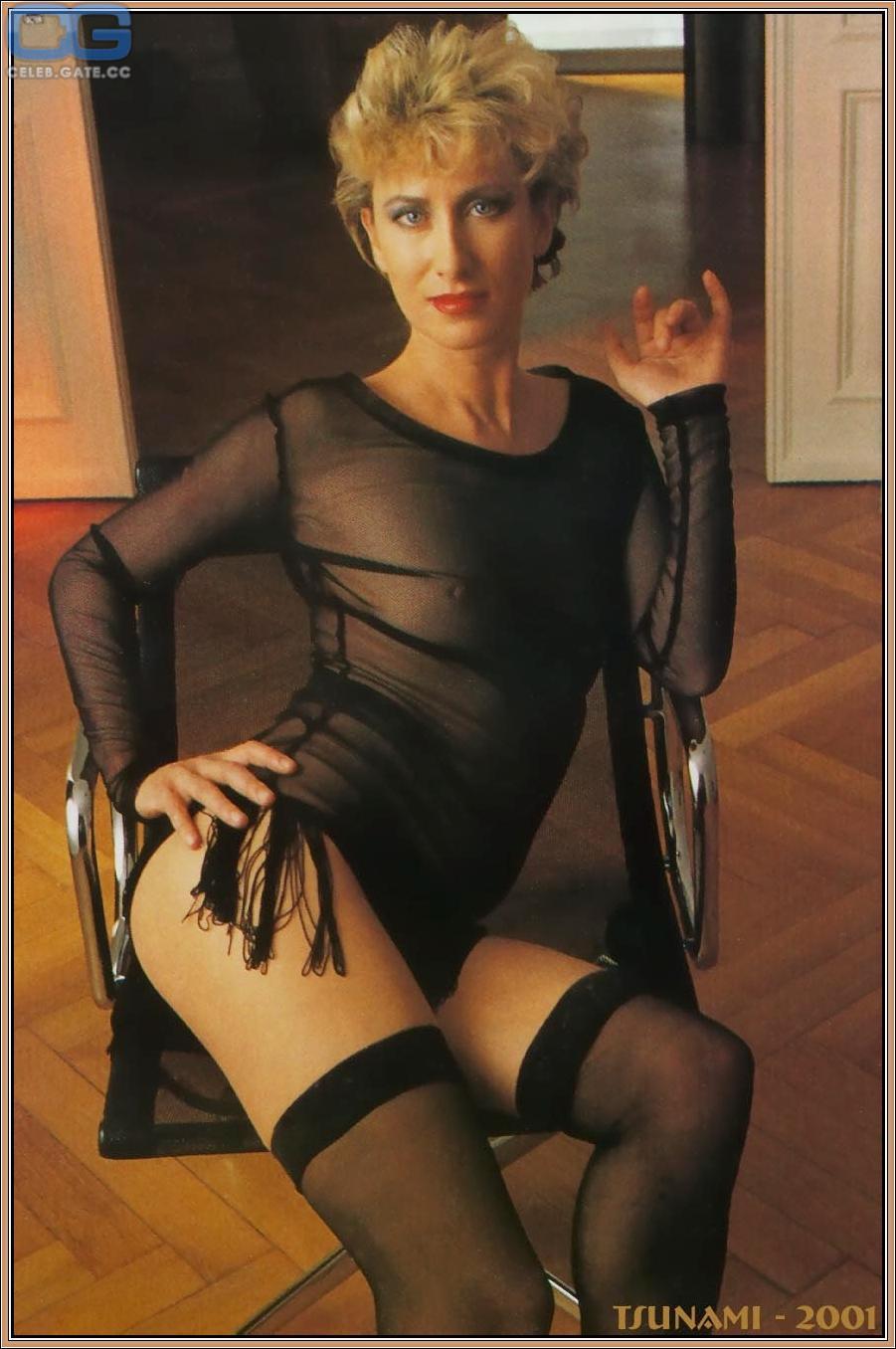 Birte nackt Karalus Kate Moran