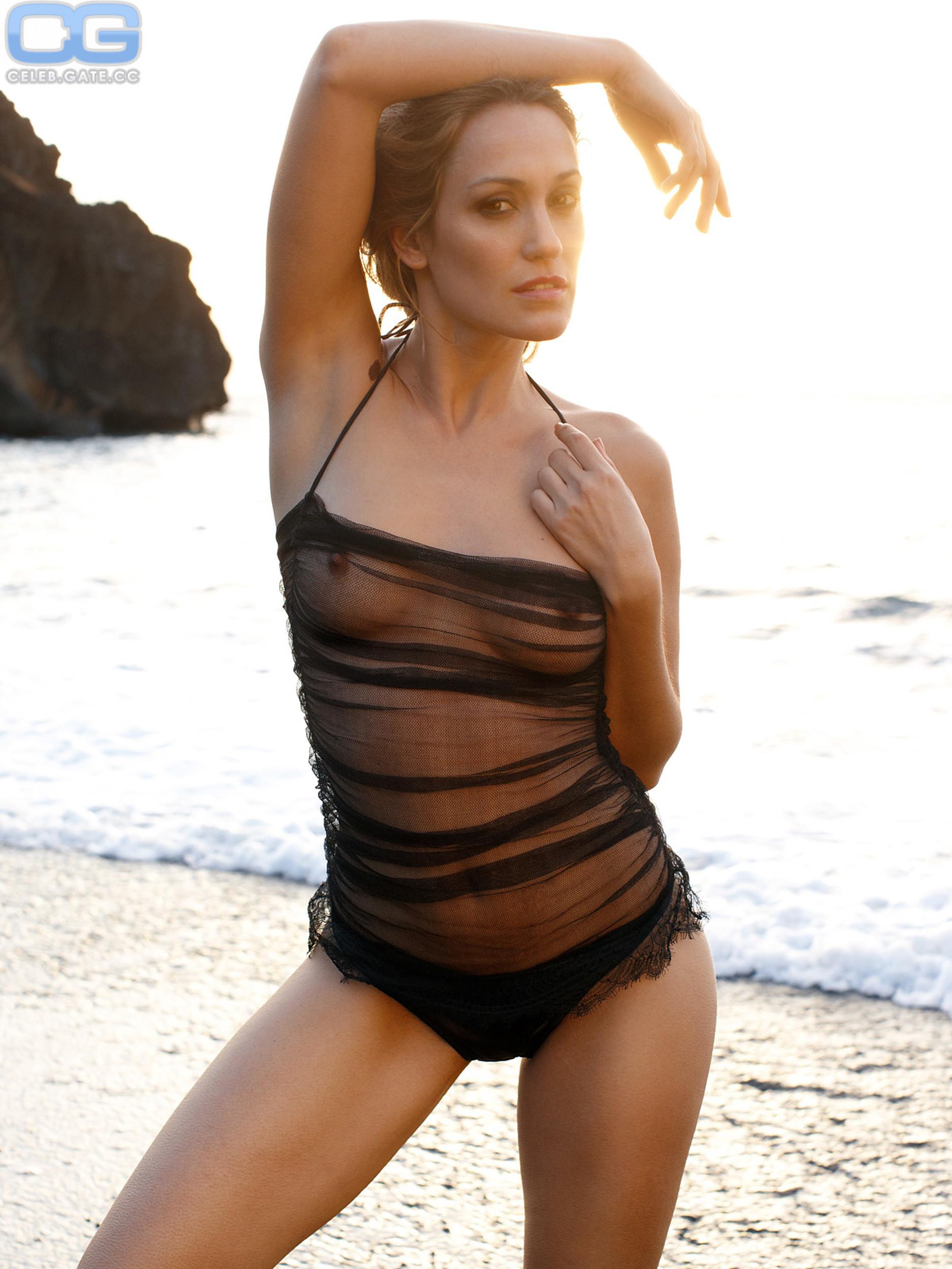 Bianca Schwarzjirg  nackt