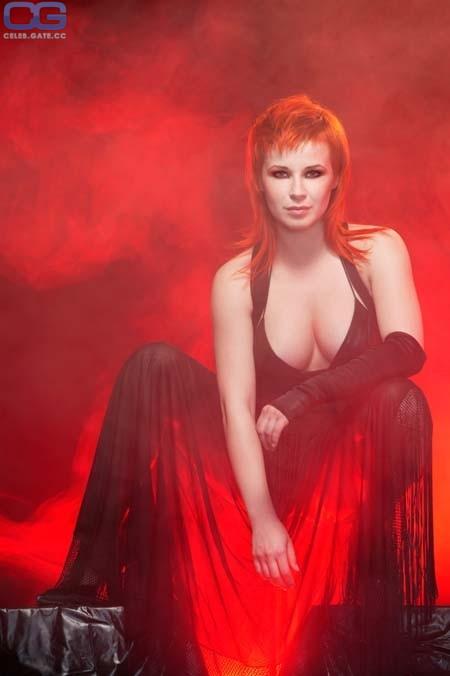 Victoria Koblenko  nackt