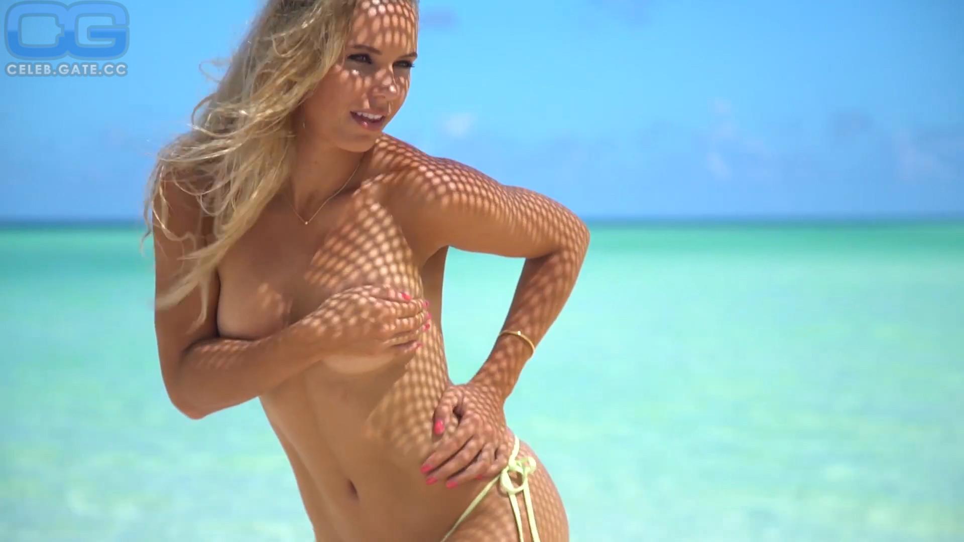 Nude wozniacki Caroline Wozniacki