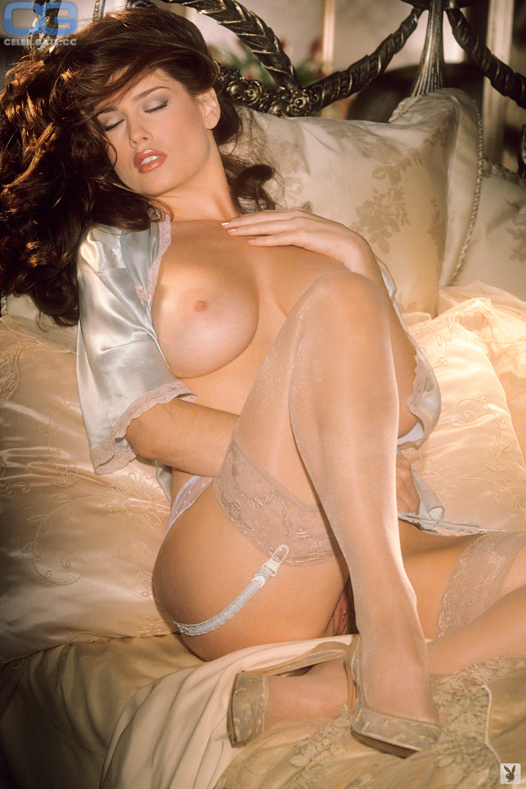 Nackt Carrie Stevens  Carrie Porno