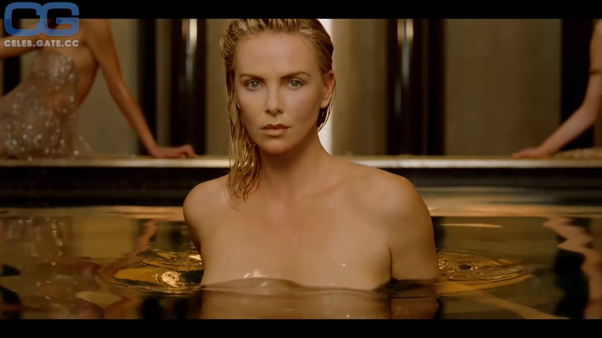 Theron nackt Charlize  Charlize Theron