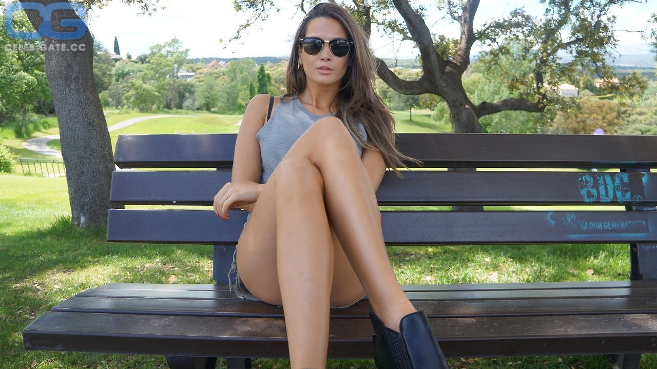 nackt Capristo Mandy Fake Agent