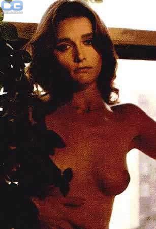 pics naked Melanie lynskey