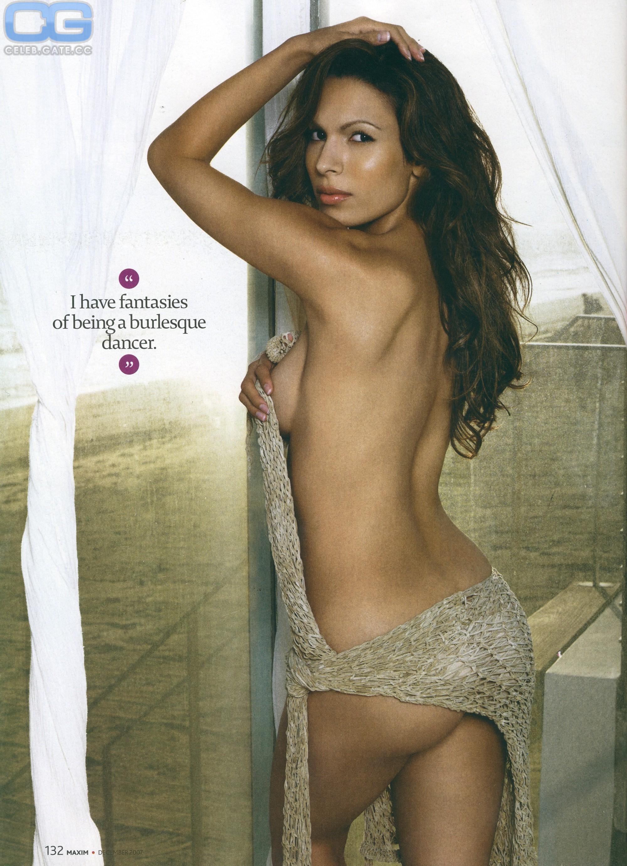 Nadine Velazquez  nackt