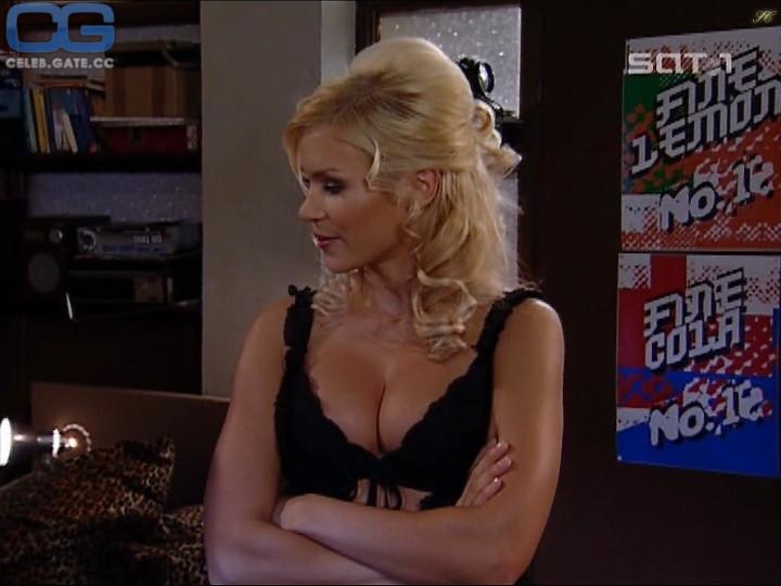 Nina gnädig nackt playboy