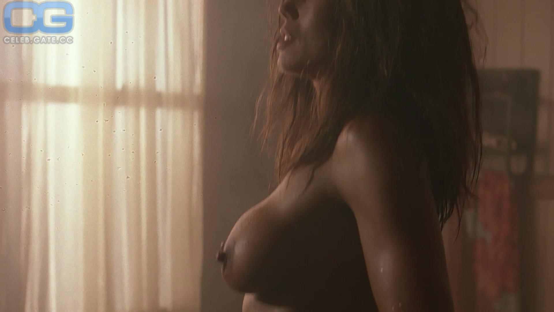 Deborah nackt Tmz NSFW Topless