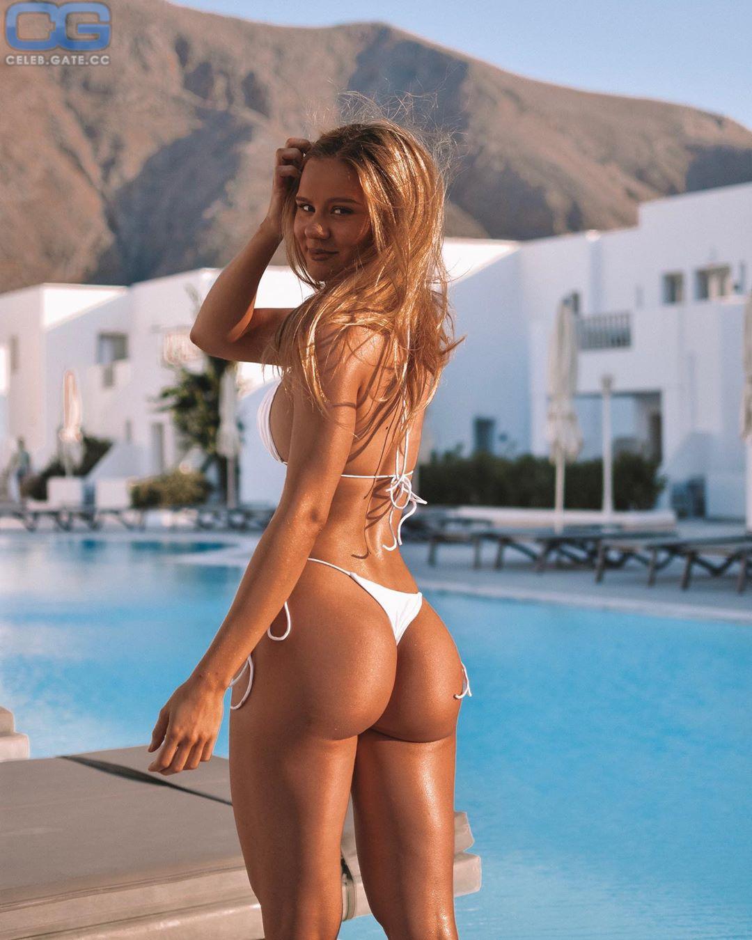 Dominique Asgeirsdottir Nude