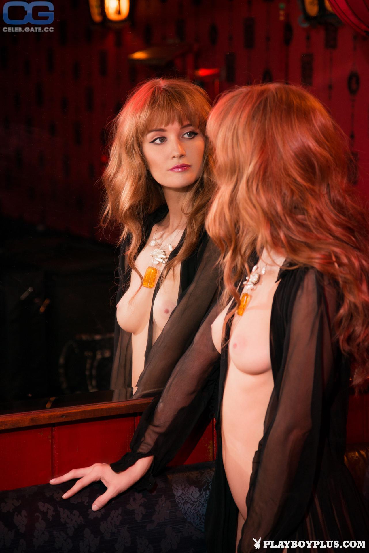 Nude dominique jane Dominique Jane