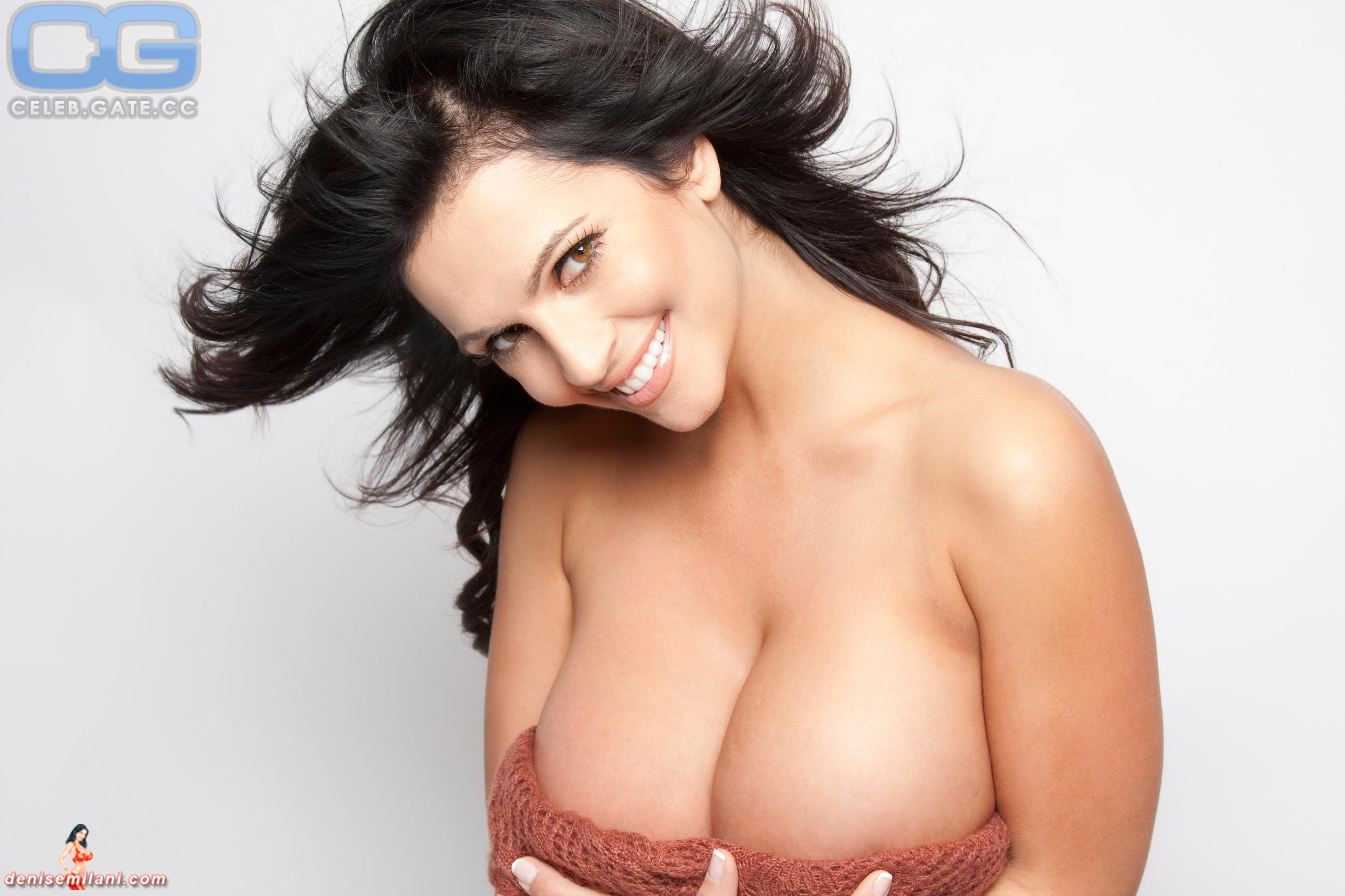 Ideal Naked Photos Of Denise Milani Gif