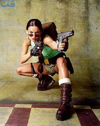 Lara nackt Weller Lara Bingle's