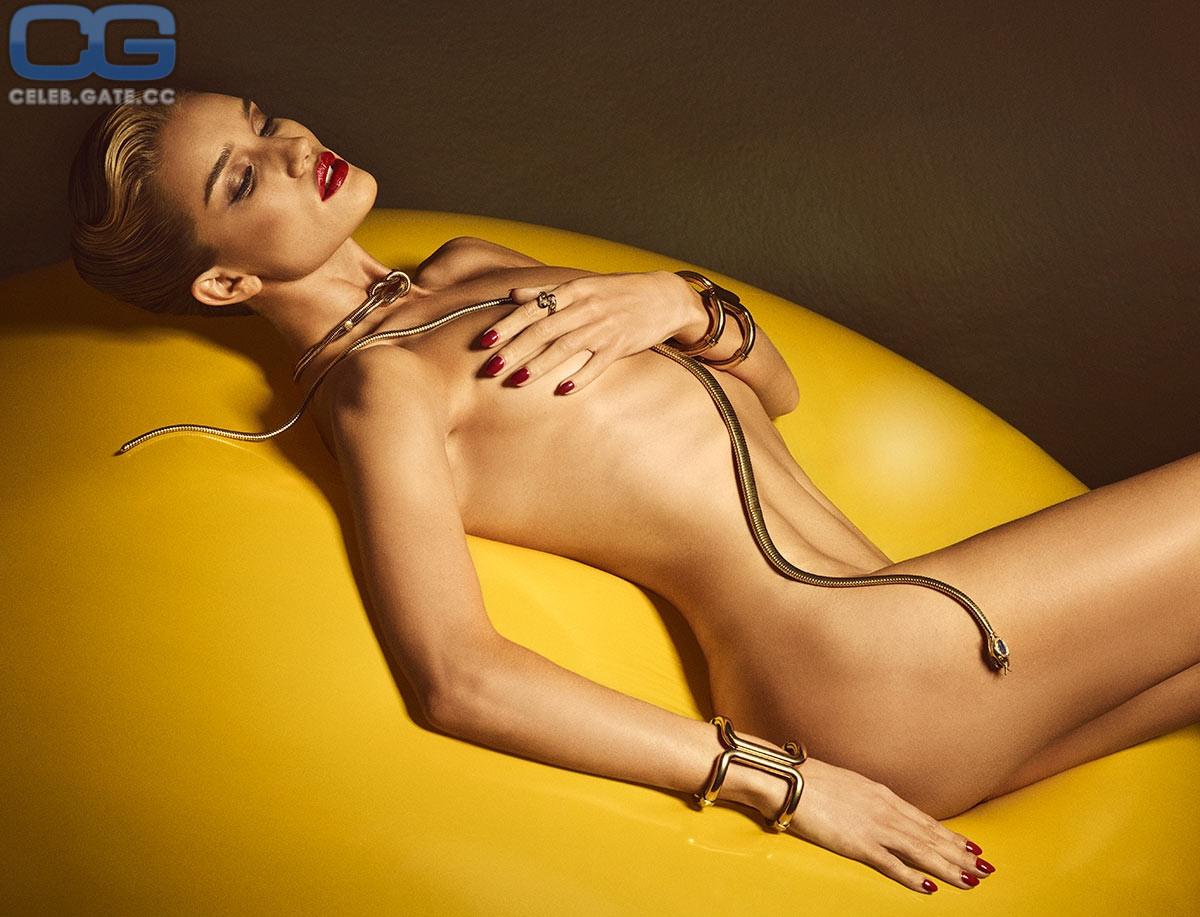 Rosie nackt Huntington-Whiteley Celebrities Who
