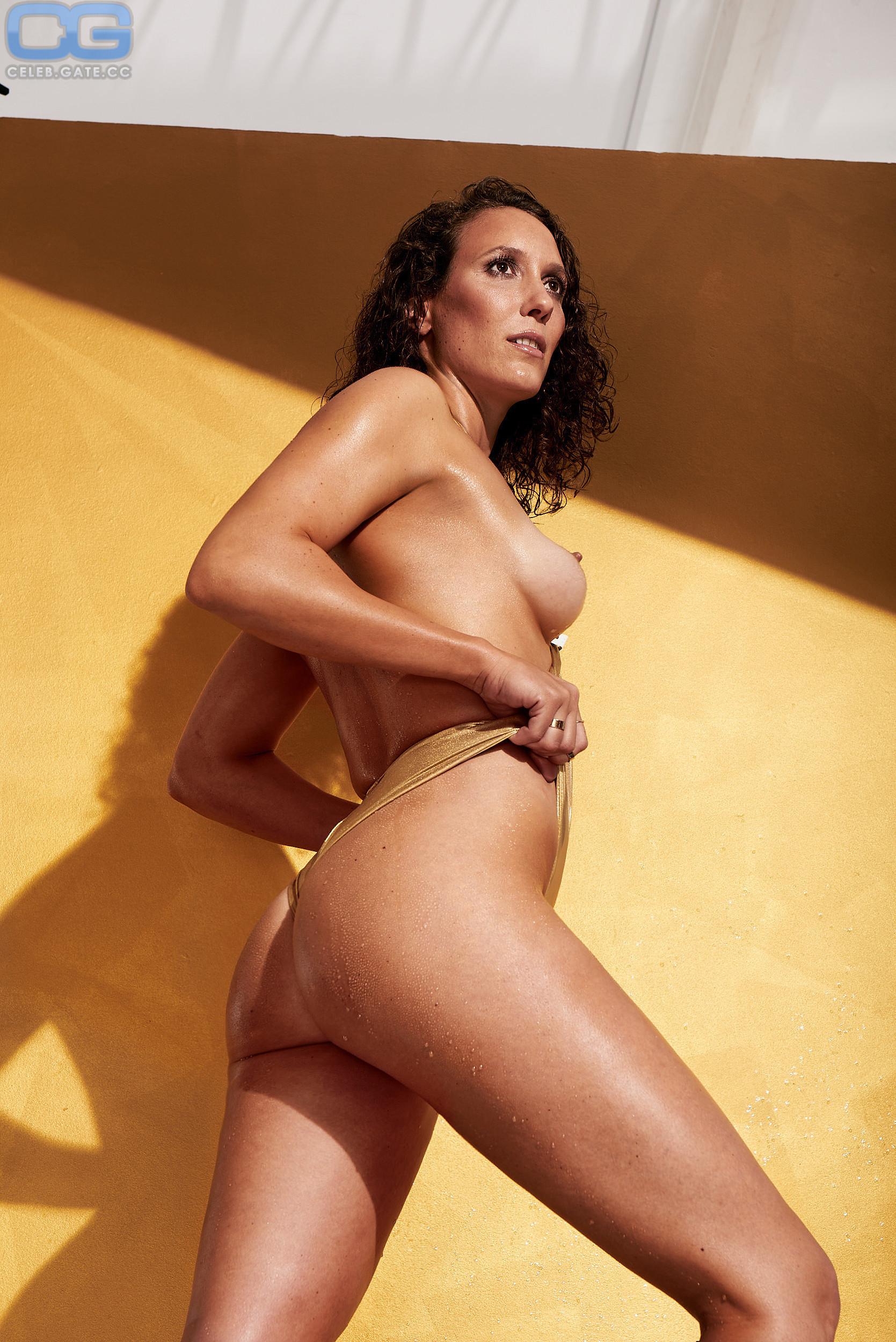 Haerle nackt Isabelle  Die fünf