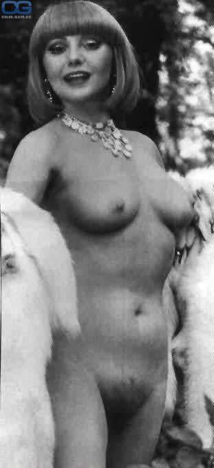 nackt Buck Sybil Tina Fey