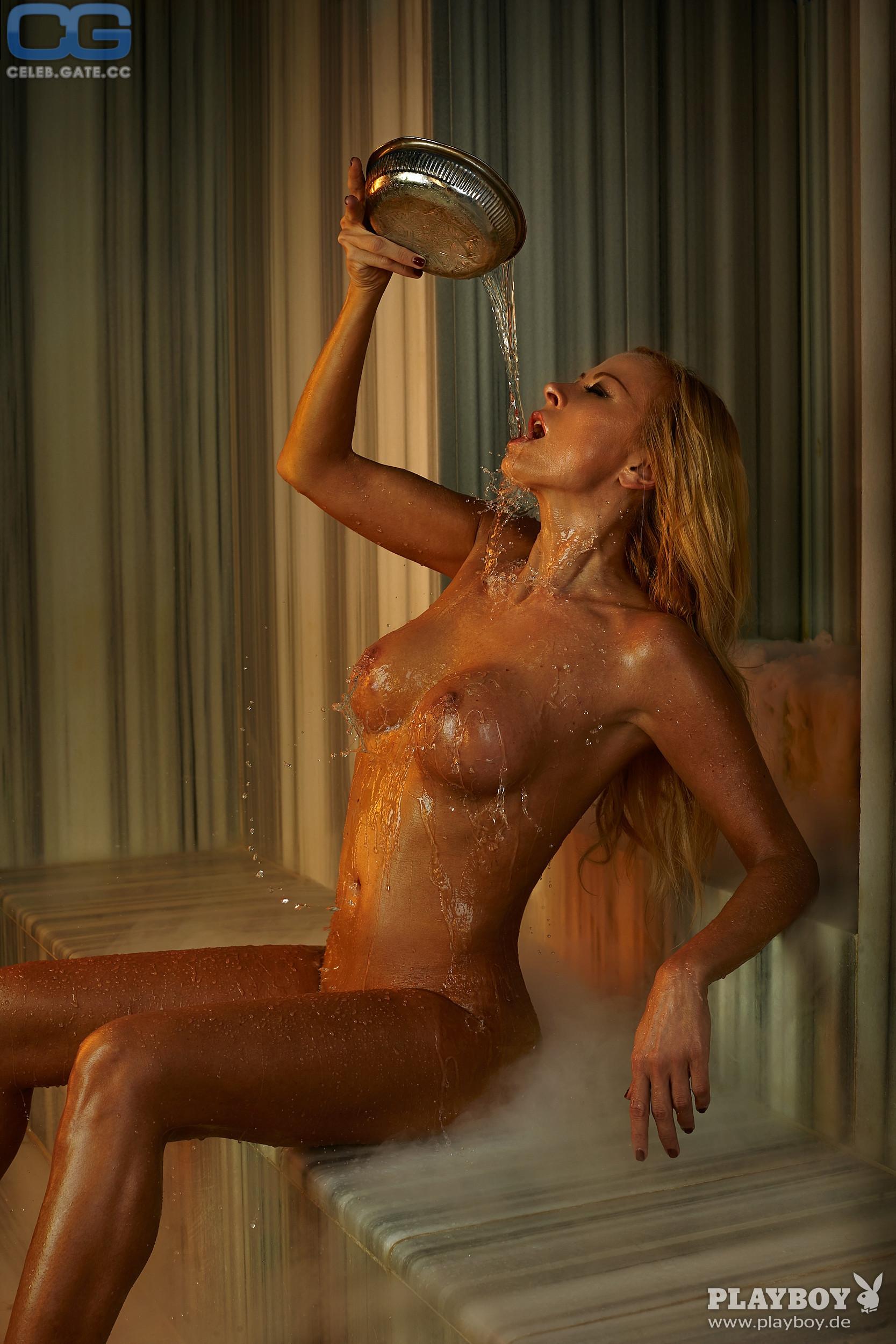 Jenny elvers jung nackt