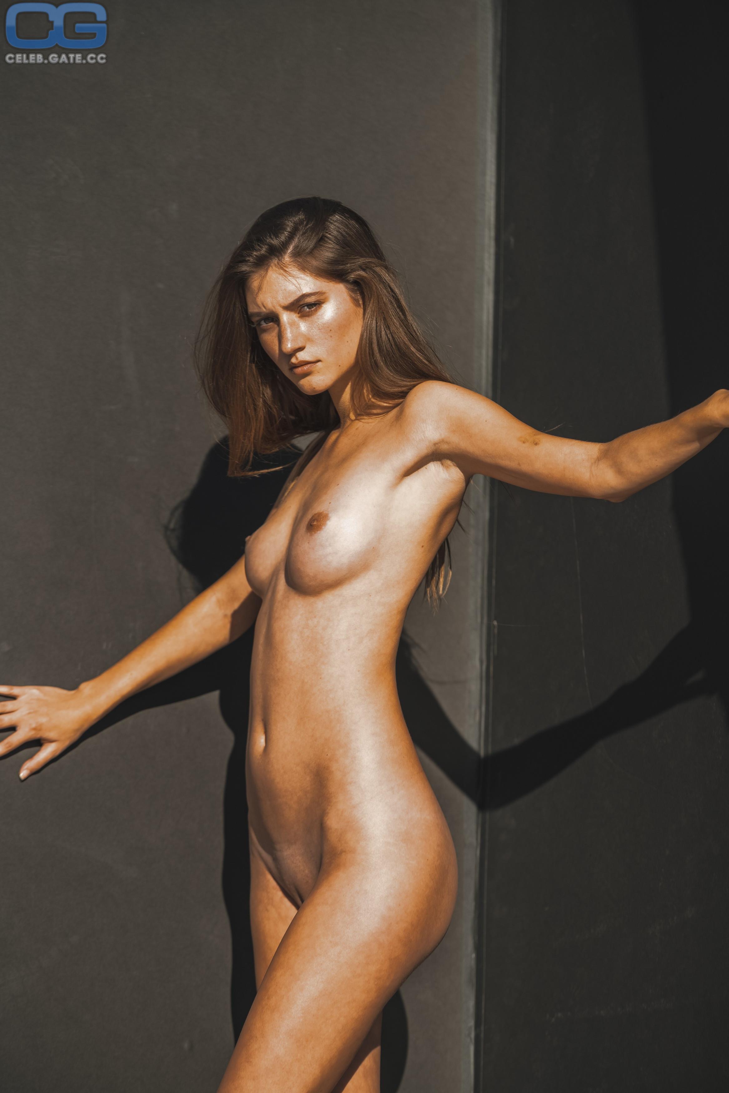 Elam nude elizabeth The centerfold