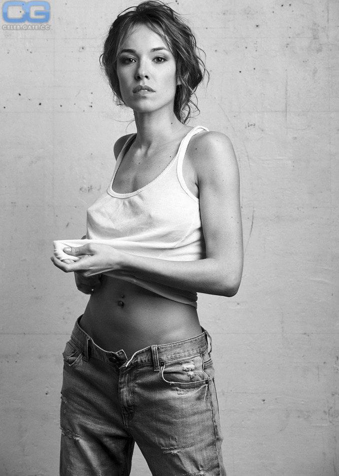 Fontan nude élodie Elodie Fontan