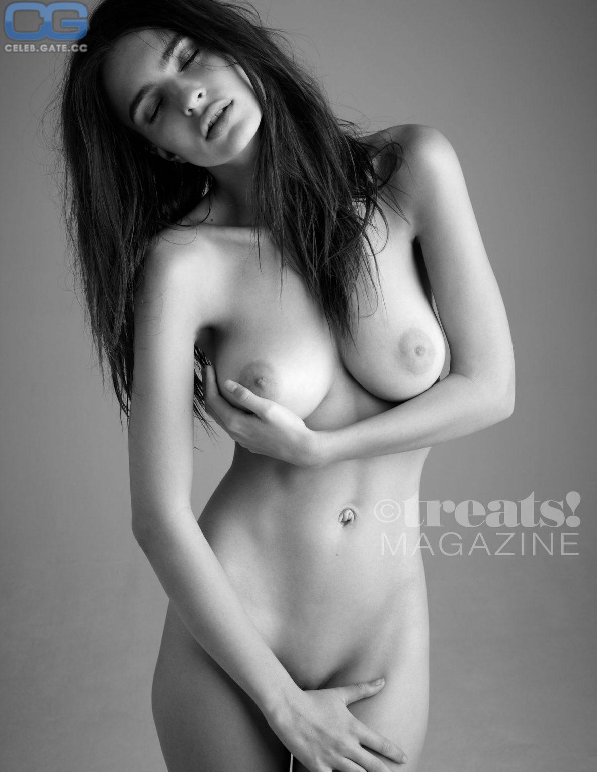 Nackt emily Emily Wickersham