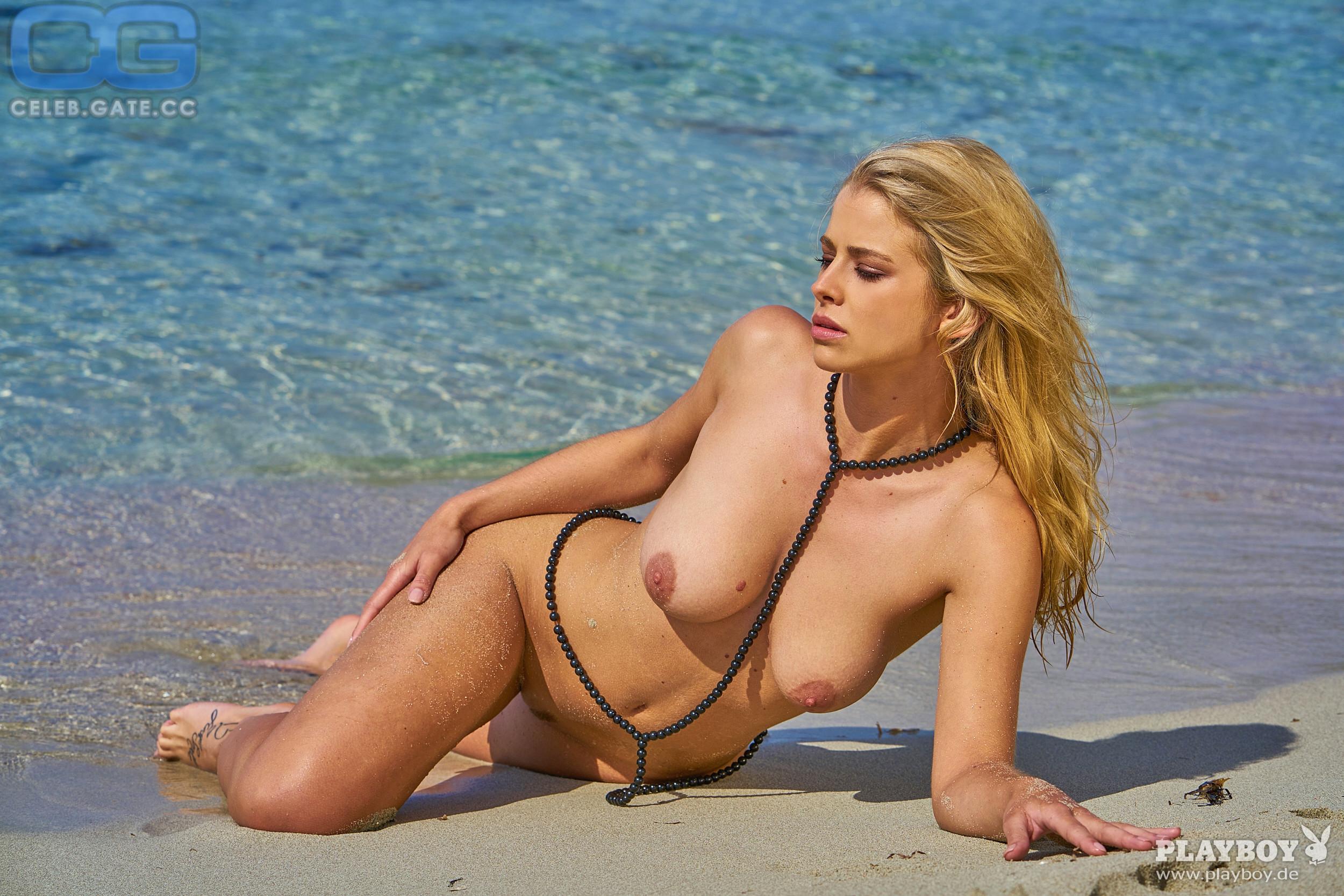 saskia atzerodt naked