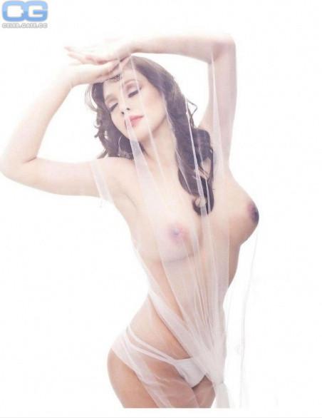 Paloma Esmer  nackt