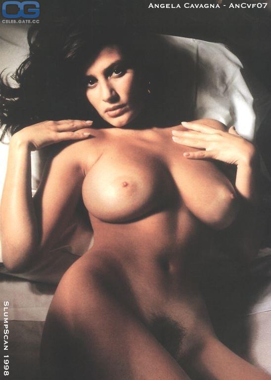 Nackt  Angela Cavagna Angela Cavagna