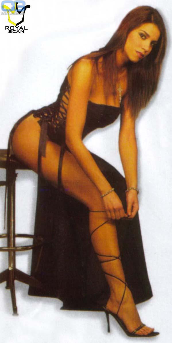 Francesca DAuria  nackt