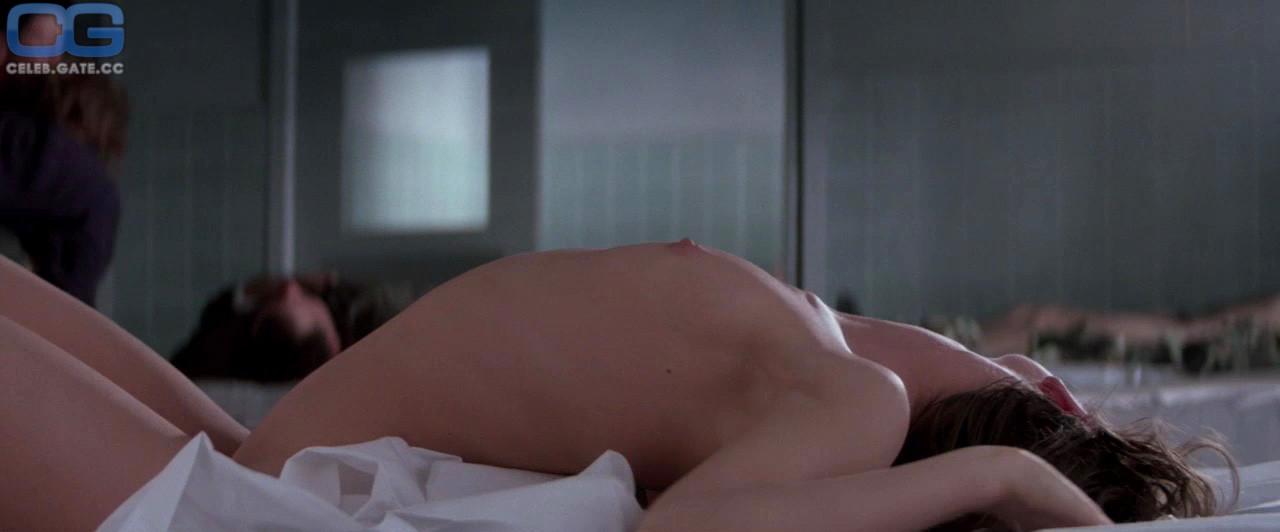Model naked voluptuous asia