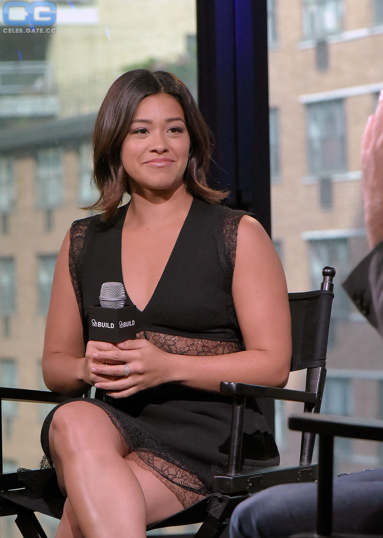 Gina nackt Rodriguez Gina Rodriguez