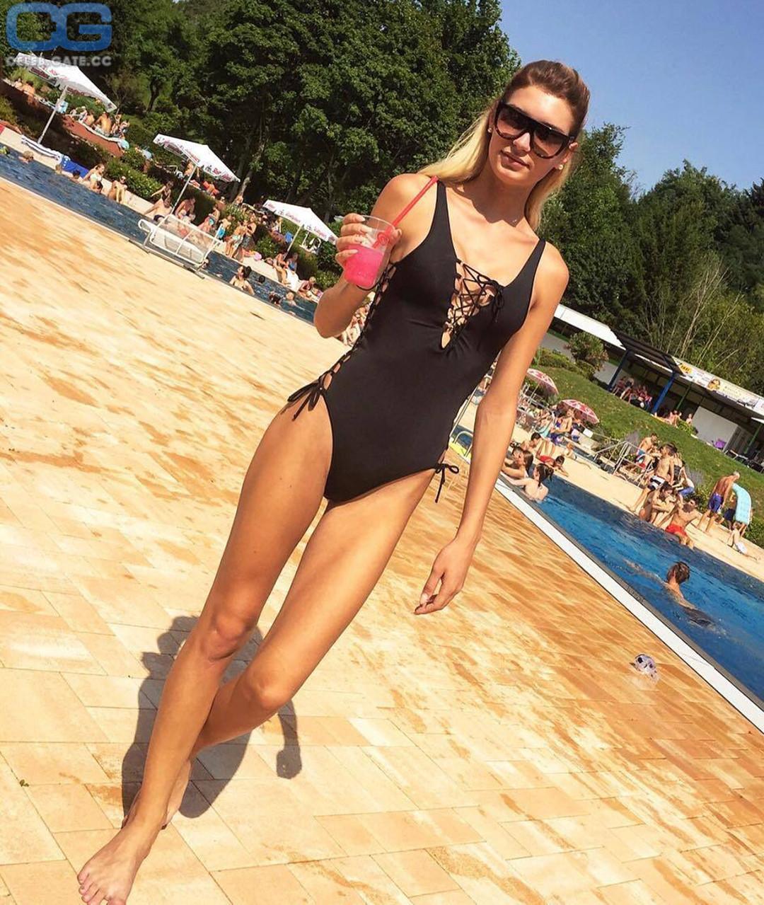 Farfalla naked giuliana German Transgender