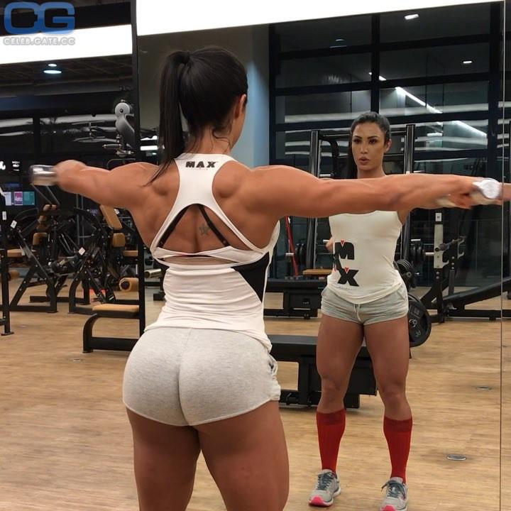 Barbosa nackt gracyanne Gracyanne Barbosa