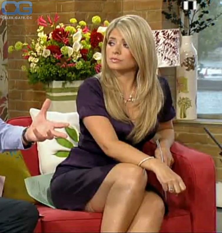 Nackt Holly Willoughby  Holly Willoughby: