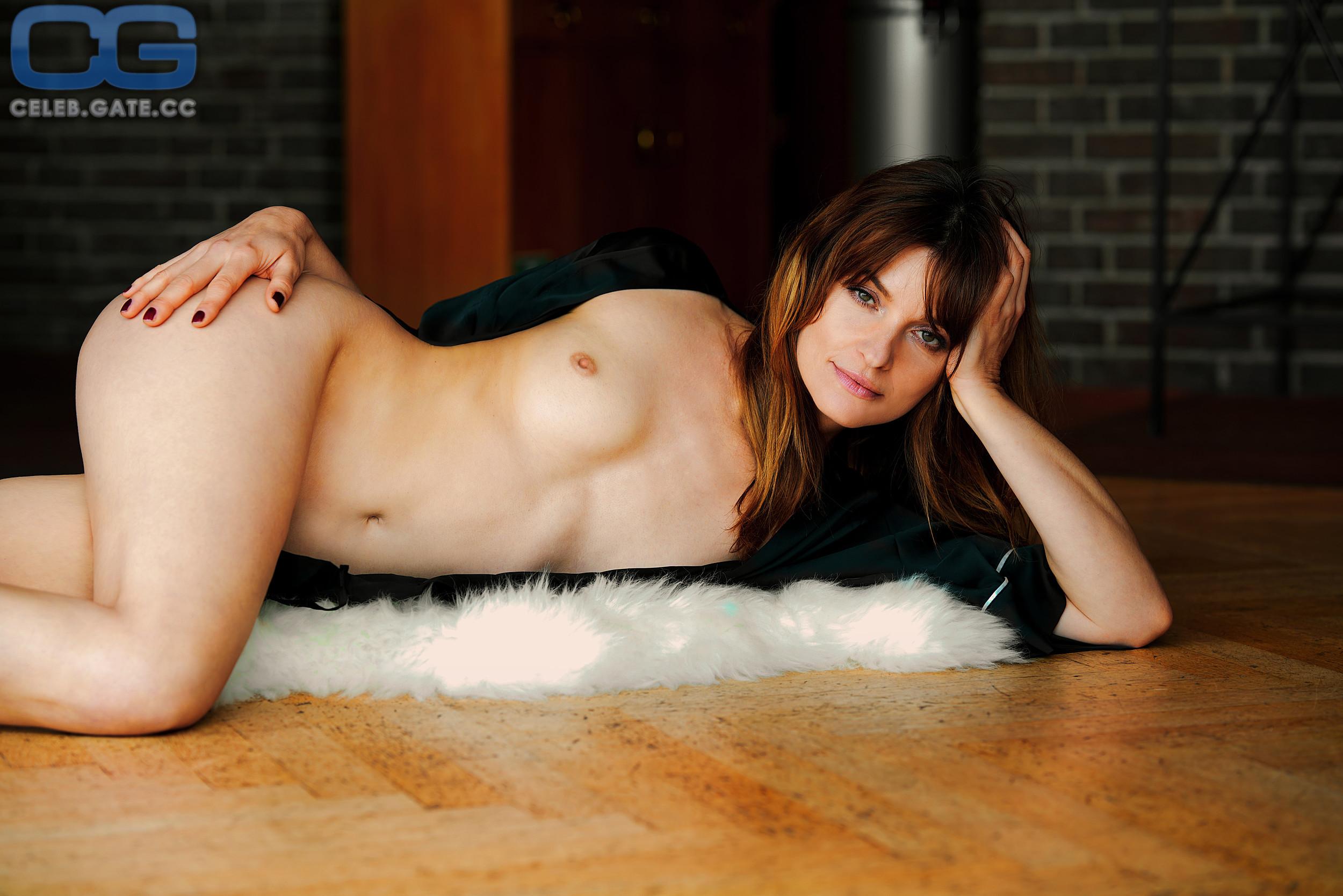 Isabel varell nackt im playboy