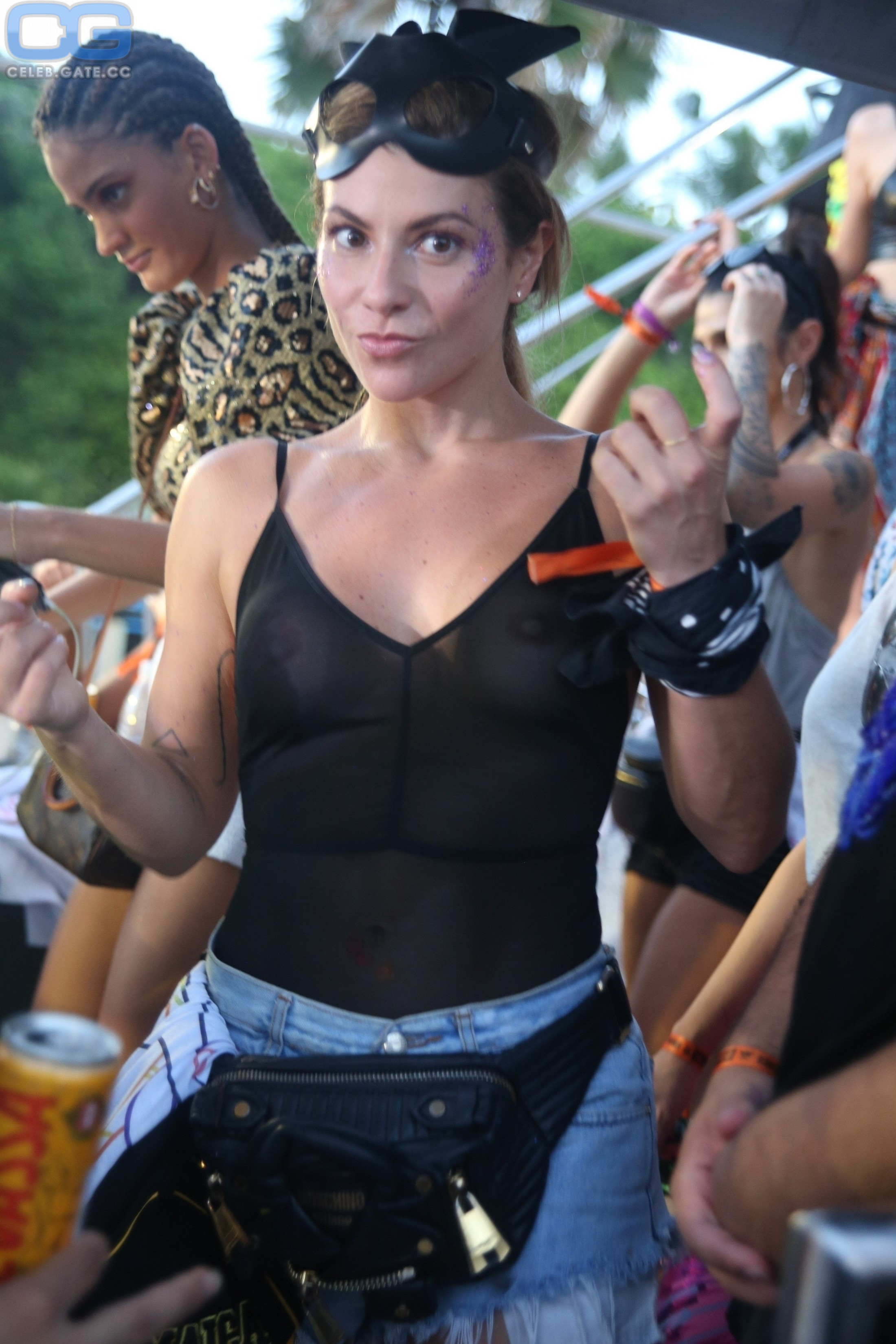 Nackt Ivete Sangalo  Catherine Zeta