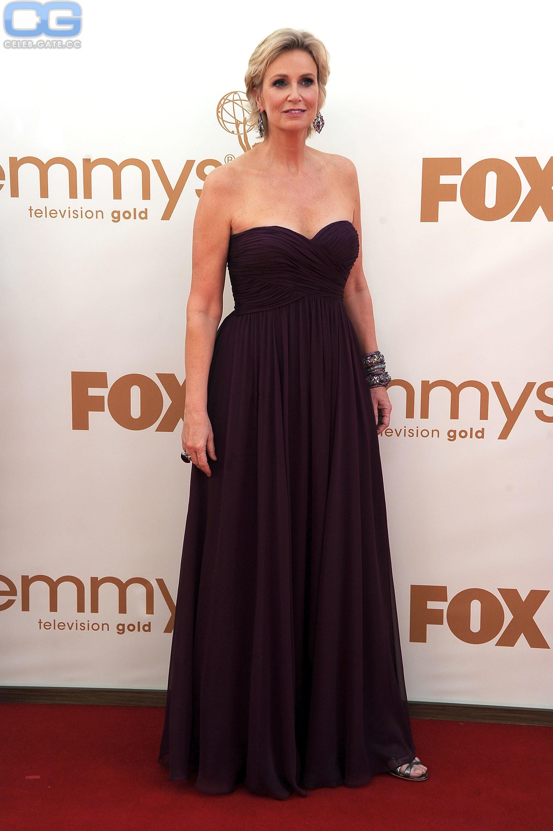 Jane Lynch  nackt