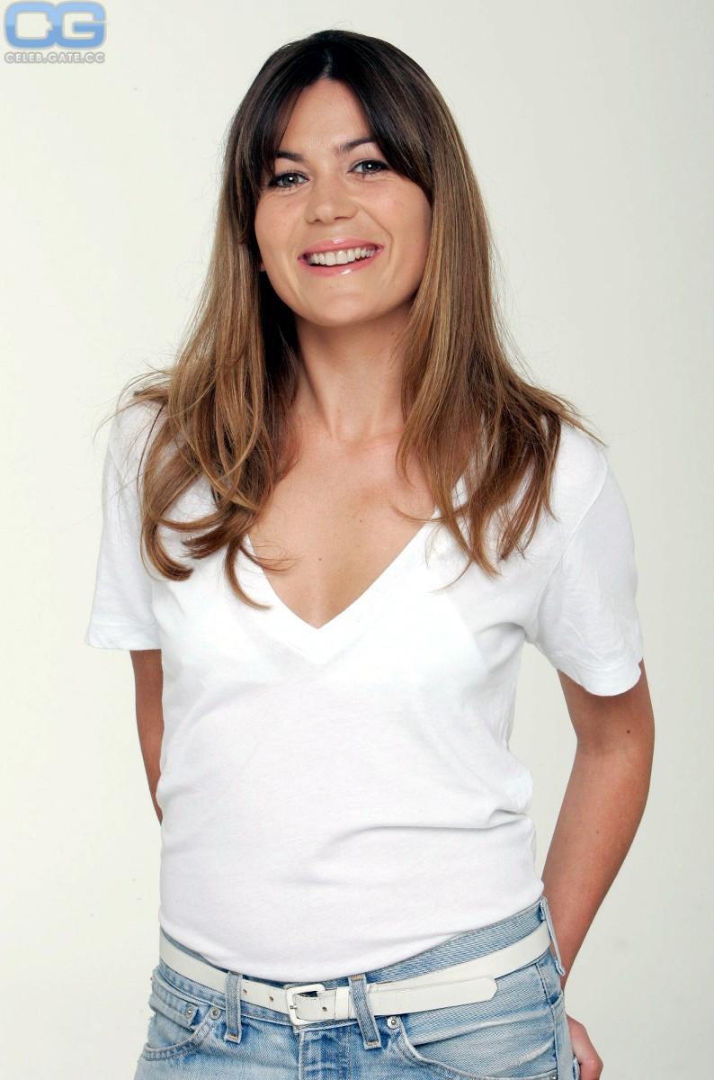 Nackt Jeanne Tremsal  TV program