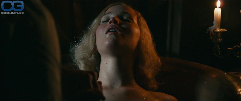 Jennifer Lawrence nudes