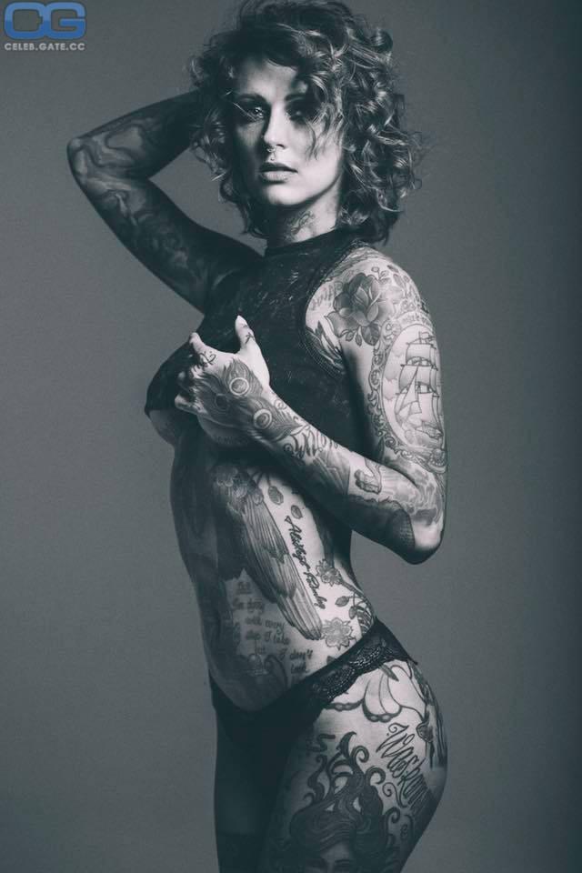 Jennifer Weist  nackt