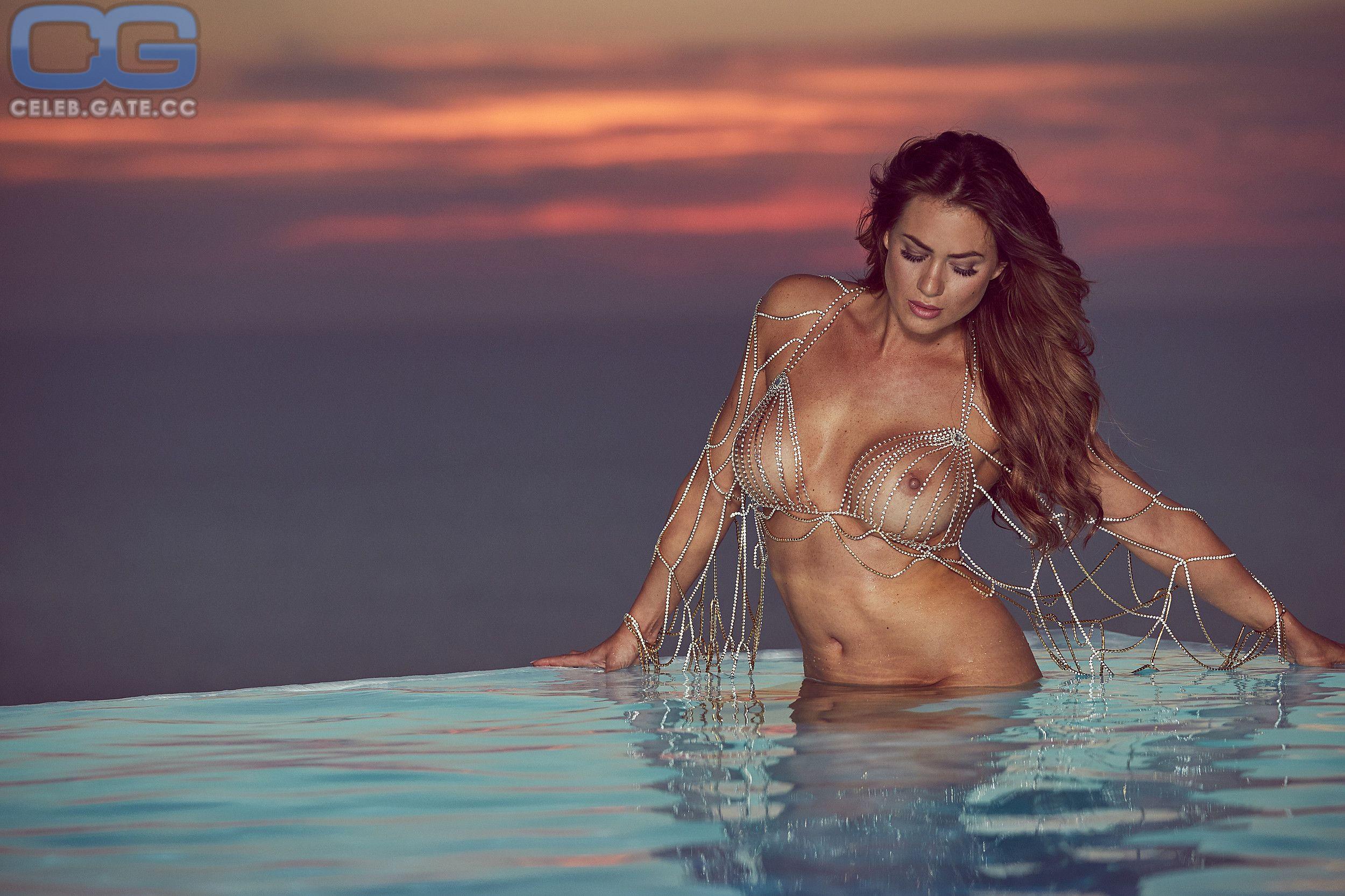 Playboy nude jessica paszka Jessica paszka