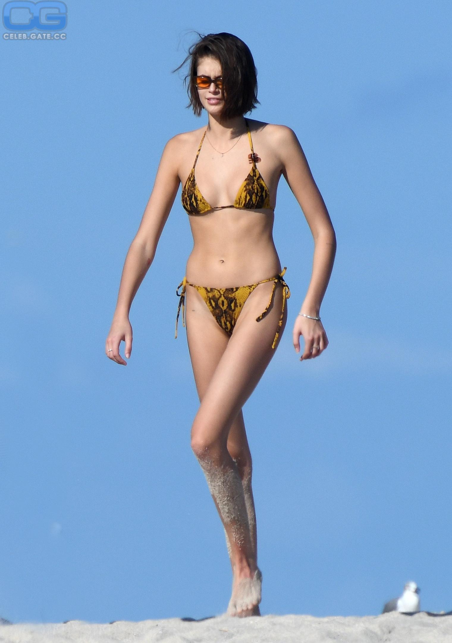 Naked kaia gerber Kaia Gerber