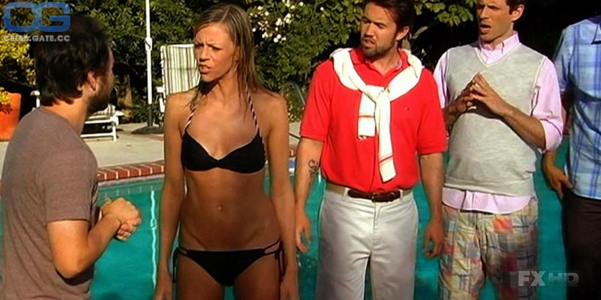 Kaitlin Olson Topless