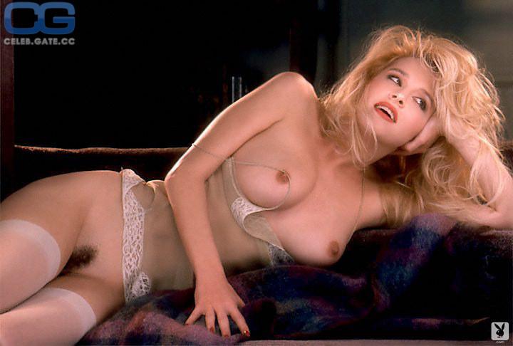 Kayla Foster  nackt