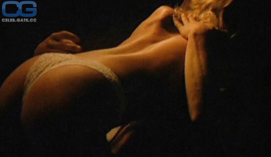Nackt Kathleen Kinmont  Mollige Blondine